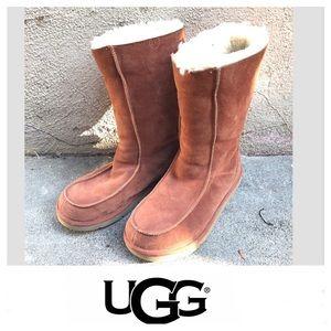UGG Red Wood / Brick Tone Boots Sz 10.